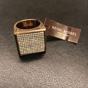 Henri Bendel Pave Flip Ring. NWT size 7